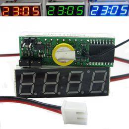 carro levou relógio tempo Desconto 3 em 1 Veículo Carro Tubo Digital LED Voltímetro Termômetro Tempo Automóvel Relógios de Mesa Disque Relógio Eletrônico