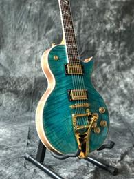 hardware de guitarra verde Rebajas Envío gratis 2018 Custom doble Tiger Flame verde jazz guitarra eléctrica. Hardware lp estándar personalizado guitarra vibrato sistema guitarras