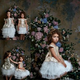 pentelei dresses Promo Codes - Pentelei 2019 Cute Flower Girl Dresses Satin Tiered Champagne Jewl Knee Length Ball Gown Tulle Puffy Kids Communion Dress