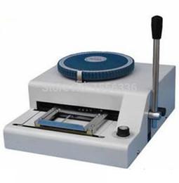 Imprimir cartões pvc on-line-o cartão manual do PVC gravou a impressão de máquina da máquina do cartão do PVC da máquina