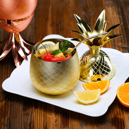 Contenedores de cobre online-500ML Pineapple Cocktail Cup Stainless Steel Shaker Copper Finish Mug Cup Gift Drink Party Storage Container XMAs gift 350ML HH7-368