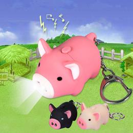2019 llaveros cerdo lindo Lindo cerdo led llaveros anillos de sonido de la linterna Creativo juguetes para niños cerdo de dibujos animados luz sonido llaveros regalo infantil 3 colores llaveros cerdo lindo baratos