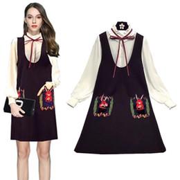 f37919b048 China Outono Primavera Mulheres Vestidos Ternos Vintage Lace Up Lanterna  Manga Camisas Blusas E Decote Em