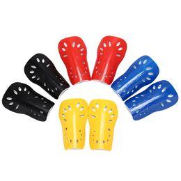2019 placas de proteção 1 par Respirável Shinguard Futebol Shin Pads placa De Segurança de Futebol Macio Futebol Caneleiras Protetor de Perna Protetor de Perna Para As Mulheres Dos Homens desconto placas de proteção