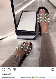 Wholesale c dresses - 2018 women sandals designer slides Brand Fashion striped sandals Medusa Scuffs causal Non-slip summer huaraches slippers flip flops slipper