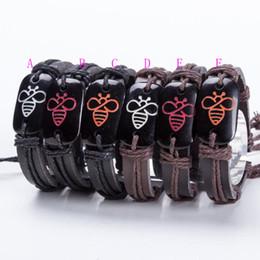 Bracelets unisexes personnalisés en Ligne-12 Pcs 6 Couleurs Personnalisé Belle Abeille En Cuir Bracelets À La Main Dentelle Jusqu'à Réglable Punk Hommes Unisexe Charme Bracelet
