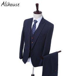 Mejores trajes de diseño de la capa online-Los últimos diseños de Coat Pant en la solapa del novio de la pechera Tuxedo Stripe Blue Men Suits Wedding Best Man Blazer (Chaqueta + pantalón)