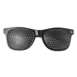 Защита экрана онлайн-Vision Care Wearable Corrective Glasses Improver Stenopeic Pin Hole Glasses Anti-fatigue PC Screen Laptop Eye Protection