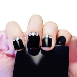 Deutschland 24 stücke Strass Dekoration Nail art Falsche Nägel Glanz Gefälschte Nagelspitzen Schwarz Französisch Lady Nails Klar Nail art für Dame Make-Up Mädchen Party Versorgung