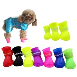 Wholesale Dog Shoes Wholesale - 4pcs In 1set Dog Shoes Fashion Pets PVC Rubber Rain Apparel For Pets Lovely Waterproof Boots For Puppy High Quality 5 6tt Z