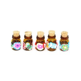 Wholesale Fimo Polymer Clay - 0.5ml handmade polymer clay perfume bottle with cork,empty small cork glass bottle,fimo pendant fragrance jewelry bottle essential oil vials
