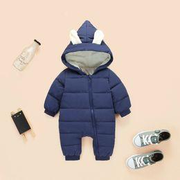2019 cappotto di neve del neonato primavera tuta invernale neonato snowsuit snow wear cappotti boy warm pagliaccetto 100% piumino cotone vestiti ragazza body 0-18 m cappotto di neve del neonato economici