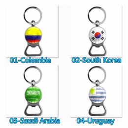 gancho tornillos envío gratis Rebajas Abrebotellas de fútbol 2018 Copa del mundo de fútbol abrelatas de cerveza llaveros llaveros con la bandera de los fanáticos del fútbol hombres regalos de moda de recuerdo