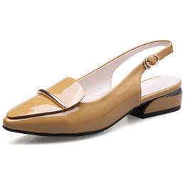 2018 di alta qualità moda donna pompe scarpe a punta superficiale fibbia superficiale scarpe comode scarpe tacco quadrato 3cm da