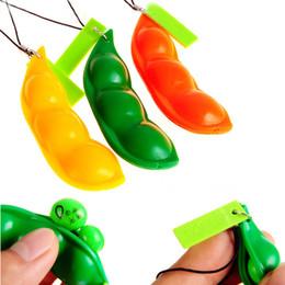 2019 llavero de frijol Nueva creatividad Extrusion Pea Bean Soybean Edamame Stress Relieve Toy Keychain (color al azar) Apretones de la mano Muscle Strength Training rebajas llavero de frijol
