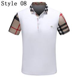 2018Newest Men Moda T-Shirt de Luxo Designer de Manga Curta Personalidade  Casuais Tarja Padrão Abelha Bordado Tops Camisa Polo dos homens e6b0df2e154d2