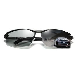 Gafas deportivas transparentes online-Gafas de conducción de moda Gafas de sol polarizadas fotocromáticas para hombres Gafas deportivas Tendencia Lentes transparentes Hombre Diseñador gafas de sol 293