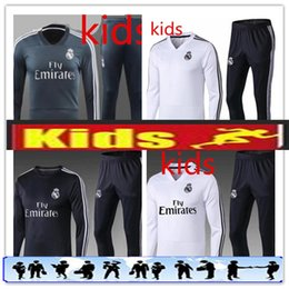 Kids Real Madrid Tracksuit Jogging Boys Soccer Long Sleeve kit Football Suit  Sport Wear Children 17 18 BOYS Ronaldo training SUIT KIDS SET d4a2064fb