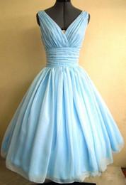 Açık gök mavisi 1950'ler Kokteyl Parti Elbise Vintage Çay Boyu Artı boyutu şifon Dantelli V yaka Kadınlar Kısa Balo Balo Abiye Custom Made nereden kadın sahne elbiseleri tedarikçiler