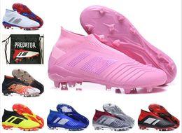 2019 High Ankel Pink Hombres Mujeres Jóvenes Niños Predator 18+ FG Zapatos de fútbol Niños Chica Predator 18 Tacos de fútbol al aire libre Caja y bolsa desde fabricantes