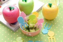 Disegni della decorazione della cucina online-1 le belle forcelle stabilite della frutta di forma della mela di progettazione hanno fissato la nave libera della decorazione delle forcelle del dessert del dolce delle forcelle della frutta della creazione della cucina