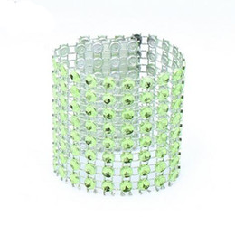 100 Pcs / Lot En Plastique Strass Wrap Vert Serviette Anneau New Napkin Rings Chaise Boucle Hôtel Fournitures De Mariage Accueil Talbe Décoration ? partir de fabricateur