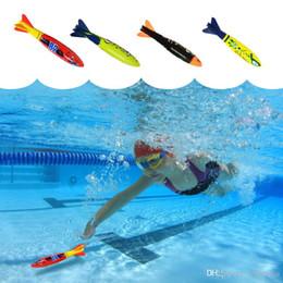4 unids / set Nuevo Verano Piscina Al Aire Libre Throw Entregar Lanzamiento Glide Juguete Torpedos Jugar Water Dive Kids / Adultos Juguete envío gratis SS12 desde fabricantes