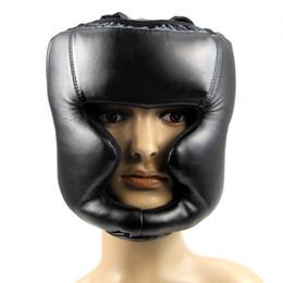 Venta caliente 2018 Negro Bueno Headgear Head Guard Training Helmet Kick Boxing Protection Gear envío gratis desde fabricantes