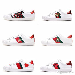 07627198d09 embroidery canvas shoes Promo Codes - Mens designer luxury shoes Casual  Shoes white women sneakers good