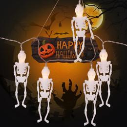 Batería esqueleto online-Creativo 2.5M Esqueleto Hombre Led String Lights Halloween Skull Party Garden House Decor truco Gadget con pilas