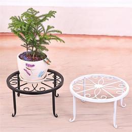 2019 arte del fiore Iron Art Indoor Flower Telaio Vaso Stand Bonsai Desktop Decor Holder Antiusura Supporto per vaso da fiori Non facile da deformare 8jx ff sconti arte del fiore