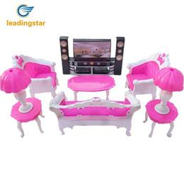 Leadingstar bonecas acessórios pretend play mobília conjunto de brinquedos para bonecas como presentes de natal para as crianças vivendo quarto supplier living furniture sets de Fornecedores de conjuntos de mobiliário