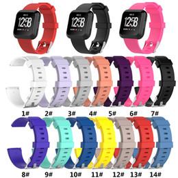 Smartwatch dhl бесплатно онлайн-Для Fitbit Versa Браслет на запястье Смарт-ремешок для часов Ремешок Мягкий ремешок для часов Замена Ремешок для смарт-часов DHL FREE SHIP
