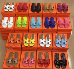 2019 sandalias negras gruesas talon Zapatillas de mujer de moda, zapatillas de verano sin tacones, piel auténtica, colores para elegir, envío gratis, alta calidad