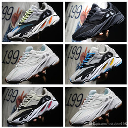 Wholesale men running shoes wave - 2018 Kanye West Wave Runner 700 Seankers Sports Running Shoes 2018 New Men Women Sneakers High Quality Sport Shoes With BOX Size 36-45