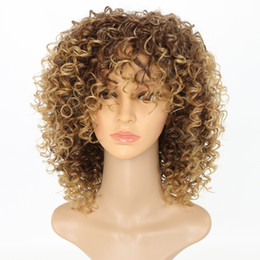 Deutschland Versaute lockige Perücken für schwarze Frauen Blonde synthetische Haarfarbe T27 / 30 Blonde Afro Perücke 16 Zoll Versorgung