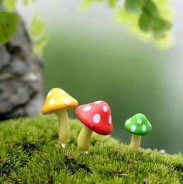 2019 funghi artificiali 3 pezzi Fungo artificiale Miniature Fairy Garden Casa Case Decorazione Mini Craft Micro Landscaping Decor Accessori fai da te sconti funghi artificiali