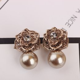 Wholesale Champagne Pearl Earrings - Classic Women Delicate Rhinestone Rose Flower Charm Simulated-pearl Drop Earrings Vintage Champagne Color For Wedding Party