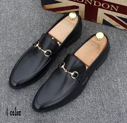 Wholesale Men High Top Dress Shoes - High Quality Fashion Men High Top British Style Rrivet Causal Luxury Shoes Men Red Gold Black Bottom Shoes dress shoes mens 37-44h19