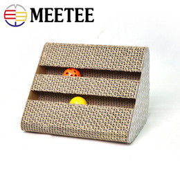 Wholesale paper grinding - Pet supplies manufacturers wholesale triangles with bells fun grinds cat toys corrugated paper cat scratch board.DC-387