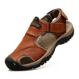 Zapatos de playa 47 online-Tamaño grande 38-47 Venta al por mayor Nuevo Verano sandalias de cuero de cuero genuino de las sandalias de piel de vaca zapatos casuales al aire libre Beach Foot Reflexology Brown Khaki 47