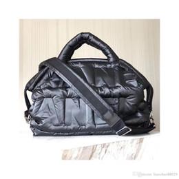 Wholesale womens lambskin leather - 2018 new Bag Women Shoulder Shopping bags Casual Lambskin Handbags feather travel eiderdow Tote C letters eiderdown Womens Chain Female Bags