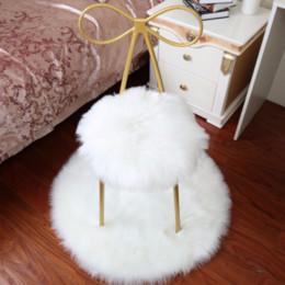 Top de Luxo Branco Preto Artificial Sala de Estar Tapete De Lã Sala de estar Tapete de Pele De Falso Sofá Decorativa Rodada Fur Floor Mat de