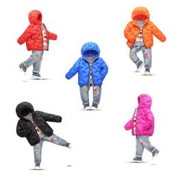 2019 дети падают Осенью и зимой 2018 года тонкие бесшовные дети вниз куртка мальчик девочка cuhk детская одежда новая куртка с капюшоном скидка дети падают