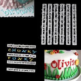 Lettere tagliatori di biscotti online-6 pz / set Alfabeto Lettere Numeri Tappits Frill Bordo Fondente Gum Paste Cutters Cake Cookie di cottura accessori Stampo Stencil Tools