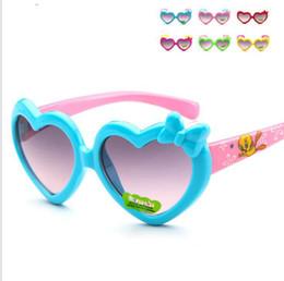 Wholesale Cute Girl Fashion Love - Children's Eyewear Love Heart Girls Sunglasses Summer Kids Sun Glasses Cute cartoon child UV protection fashion heart sunglasses KKA4065
