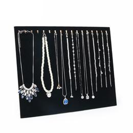 organizzatore del braccialetto di visualizzazione Sconti 17 Gancio Espositore per collana Espositore per gioielli da donna Portacellulare Custodia per esposizione Espositore per bracciale in velluto nero Espositore per gioielli