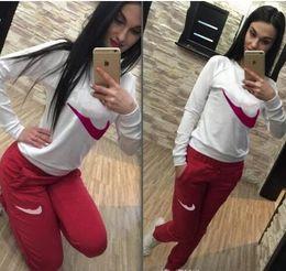 Ropa para correr online-Ropa de mujer Establece chándales deportivos Conjunto de 2 piezas Mujeres Deporte traje Jogging Nuevo otoño Chica femenina Estudiante de jogging trajes lindo