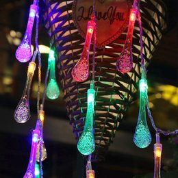 Luci fiabesche di colore online-Fashion New 20 Led 4 colori String Fairy Lights Luci natalizie solari String Lights Gocce di nozze Decorazioni natalizie a corde per la casa