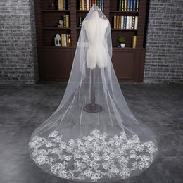 Wholesale Wholesale Cathedral Wedding Veils - 2018 New Cheap Wedding Accessories White Ivory Fashion Long Chapel Cathedral Length Bridal Veil Appliques Wedding Veil Lace Real Photo